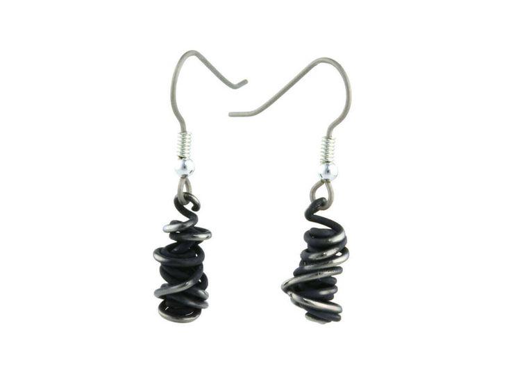 Chaos Small Drop Titanium Earrings, 100% Hypoallergenic, Sensitive ear / Boucles d'oreille chaos en titane pur noir - Pendentif - 100% Hypoallergène