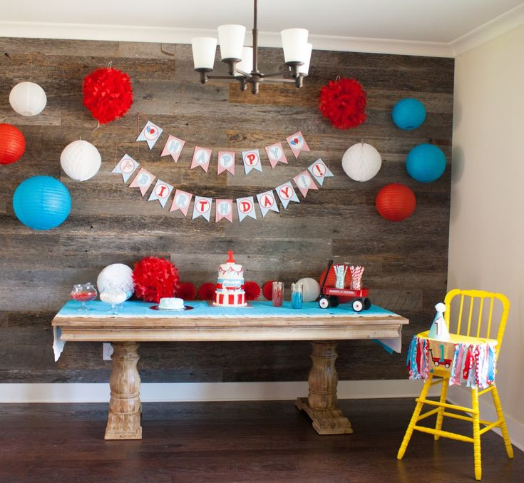 ROHEN'S LITTLE RED WAGON FIRST BIRTHDAY PARTY - Southern Made Blog - I loved this fun Little Red Wagon first birthday party for Rohen! The red, white, and blue was perfect for his July birthday celebration.