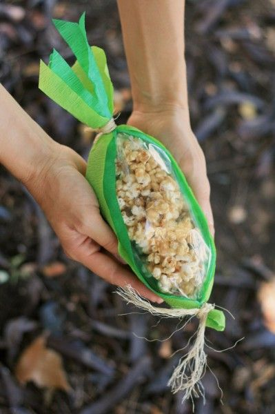 caramel corn on the cob and other fall/Halloween ideas