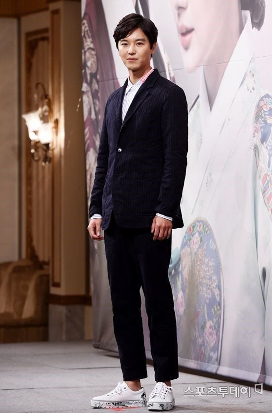 Yeon Woo-jin (연우진) - Picture @ HanCinema :: The Korean