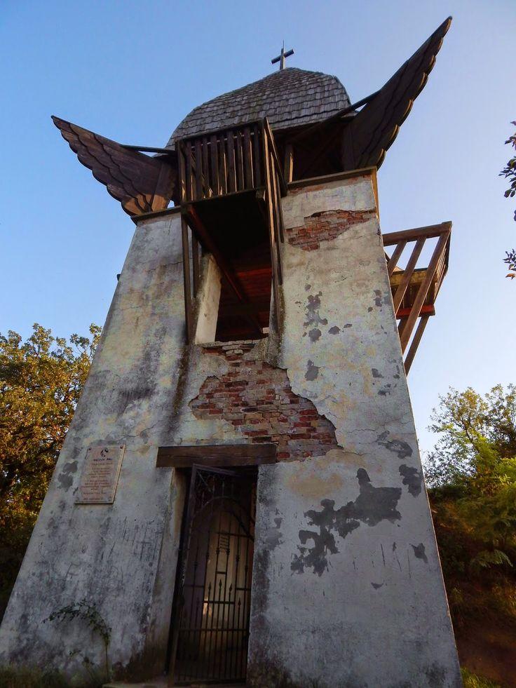 Kirándulóutak Magyarországon : Makovecz-kilátó a Hungaroring fölött