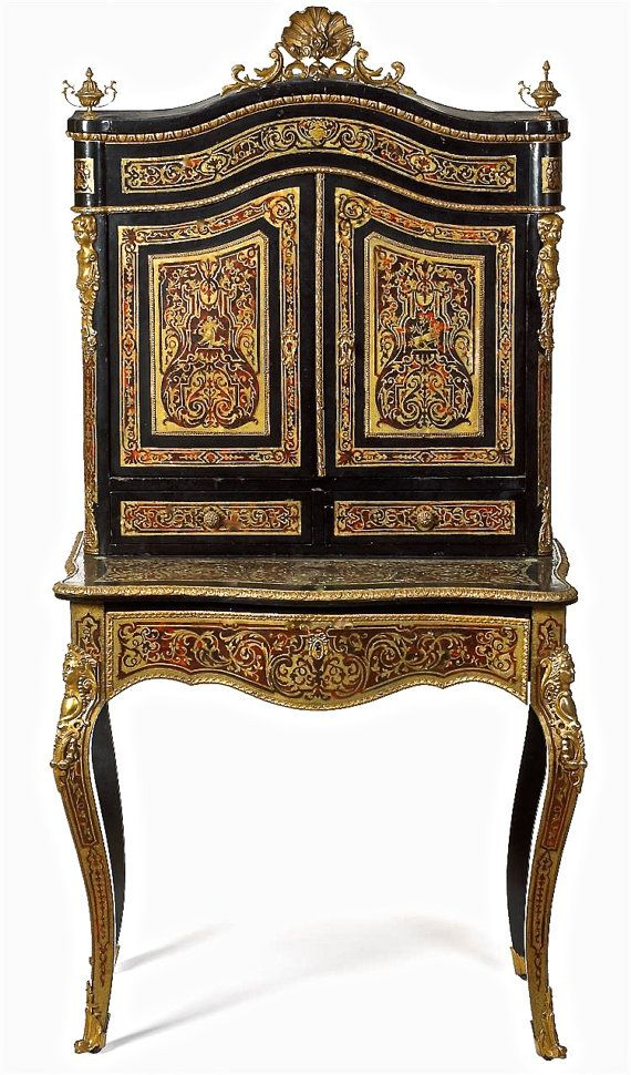 Very elegant and regal antique Napoleon III boulle marquetry bonheur du jour or writing desk