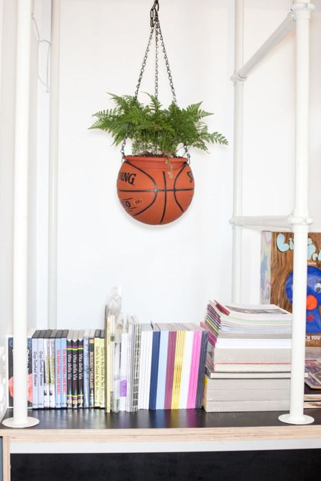 recycled basketball hanging planter - for those toys that are no longer viable as sports equipement......could be used for volleyballs, soccer balls and even footballs!