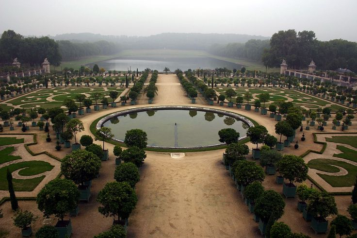17 best ideas about jardin versailles on pinterest for Baraque jardin