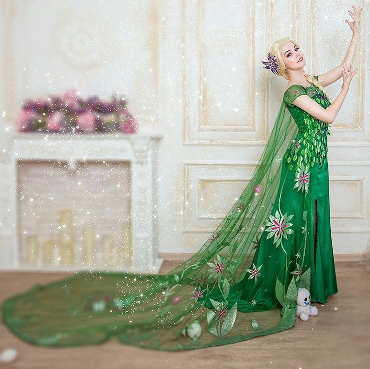 Elsa Spring Fever cosplay