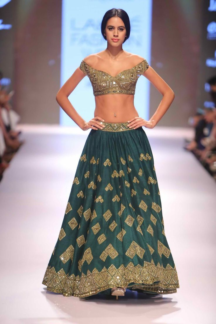 Lakmé Fashion Week – ARPITA MEHTA AT LFW WF 2015