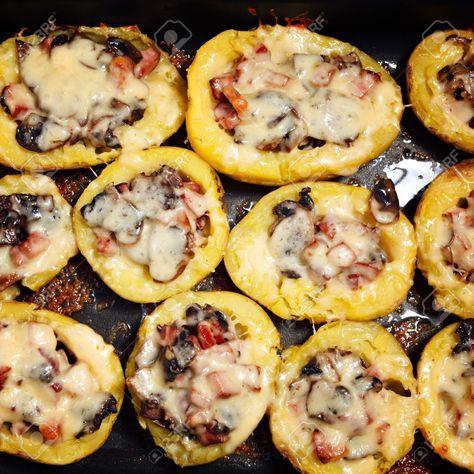 Cartofi cu ciuperci la cuptor