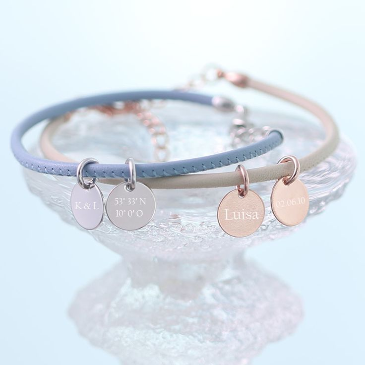 Namensarmbänder - Nappaleder Armband mit Gravur Farbwahl - A123 - ein Designerstück von Viviannaschmuck bei DaWanda