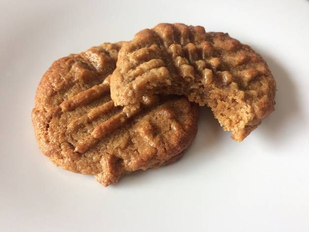Yummy, chewy cookies με φυστικοβούτυρο