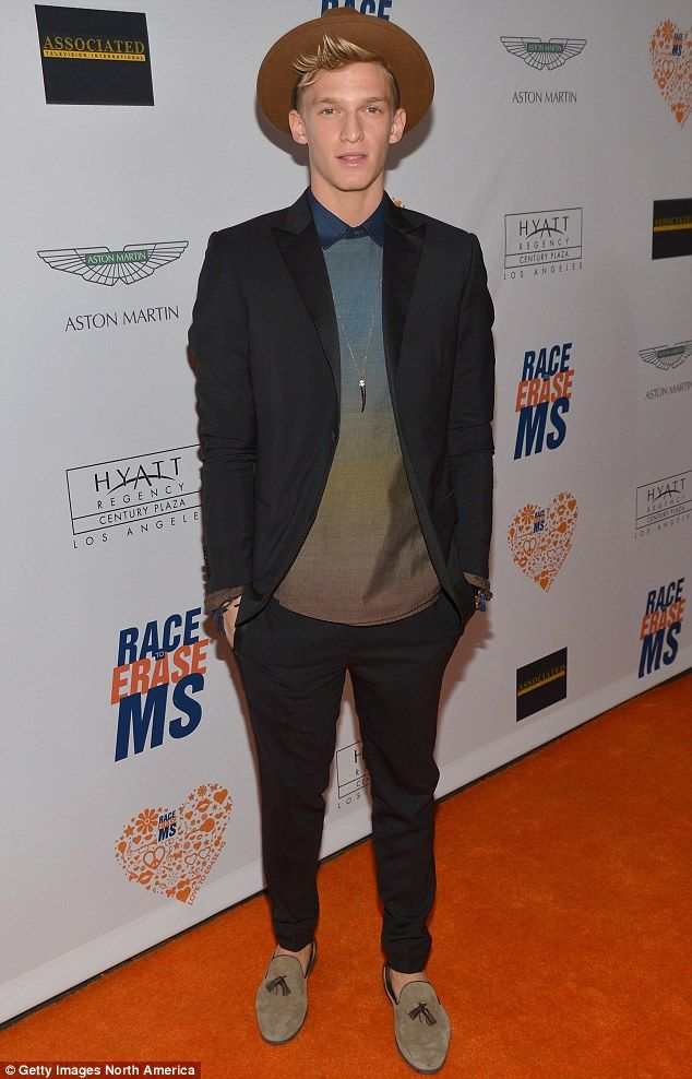 http://news-all-the-time.com/2014/05/03/cody-simpson-dresses-to-the-nines-for-race-to-erase-ms-gala/ - Cody Simpson dresses to the nines for Race to Erase MS gala  - By Daily Mail Reporter   He may be just 17, but there's no doubt Australian singer Cody Simpson has already developed a heart of gold. While most boys his age are spending their Friday nights partying with friends, the blond-haired teen instead opted to attend a charity function. He was...