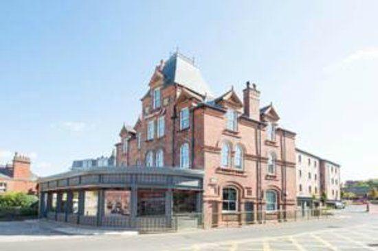 premier inn leek | Bar & Lounge Area - Picture of Leek, Staffordshire - TripAdvisor