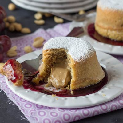 Peanut Butter and Jelly Lava Cakes @keyingredient #peanutbutter