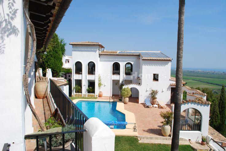 Bonita #Villa en #Pego #Alicante #CostaBlanca #sevende #enventa #venta #inmuebles #inmueble #inmobiliaria #exclusiva #vistasalmar #vistasmar