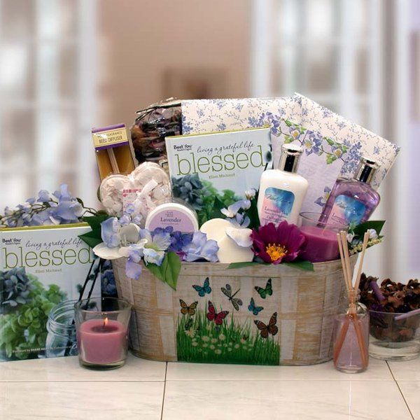 Bridesmaid Gift Basket Cheap | 51 Cheap Bridal Party Gifts for Bridesmaids | https://www.weddingfavorsunlimited.com/bridal_blog/2016/07/08/51-cheap_bridal-party-gifts-for-bridesmaids/