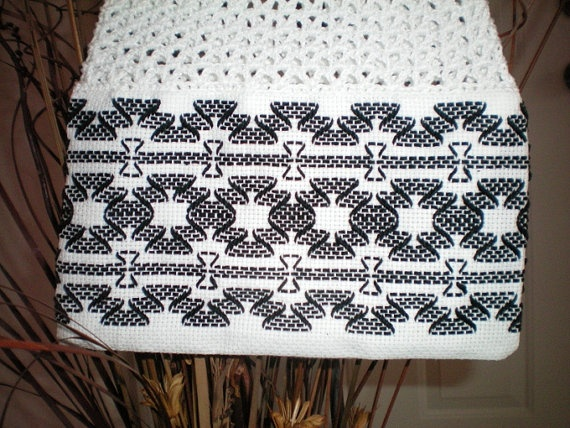 Swedish Weaving Purse NOW ON SALE by Uniquesbythesea on Etsy, 27.00