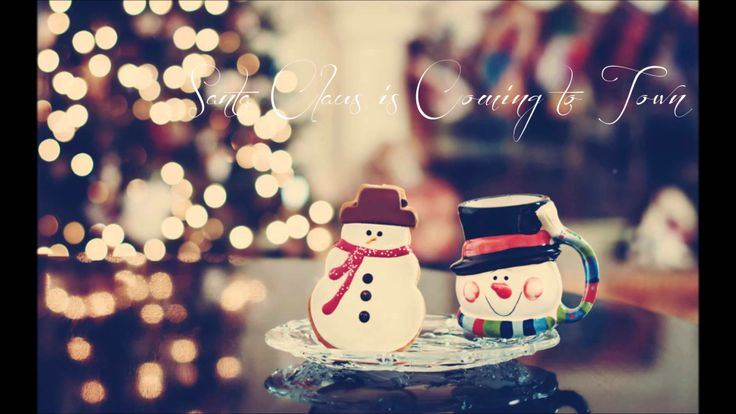 Santa Claus is Coming to Town - Gian ❅ Maria (+playlist)