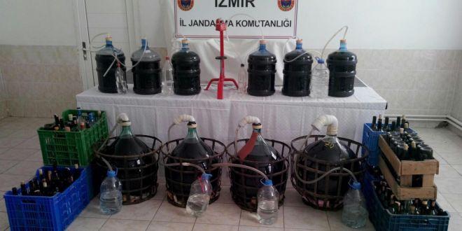 İzmir'de kaçak içkiden 3 kişi zehirlendi