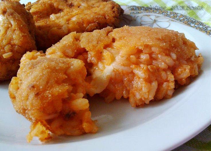 Arancini di riso al pomodoro e mozzarella (anche senza glutine)