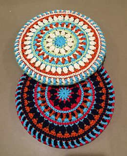 Mandala trivet cover (covers the round cork trivets you can buy at IKEA) - Free Crochet Pattern