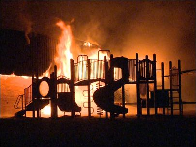 An early Sunday morning fire has destroyed an elementary school in Vancouver, Wash.