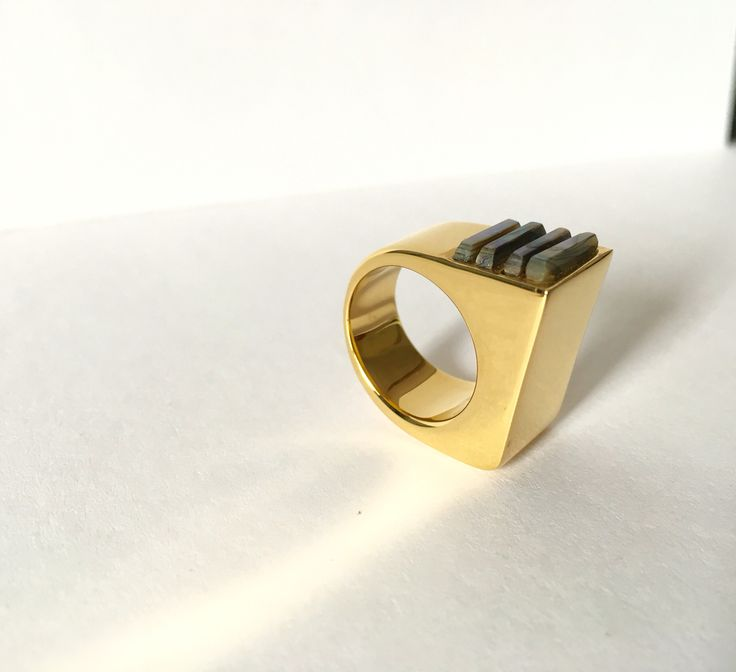 AMBIR | Ring | mother of pearl•18k gold plated