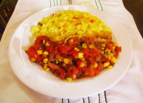 Tomaticán, un guiso tradicional de nuestra cocina criolla chilena, muy colorido y excelente para disfrutar a la hora del almuerzo. Acá esta la receta para 6 Personas.