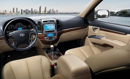 2012 Hyundai Santa Fe - interior