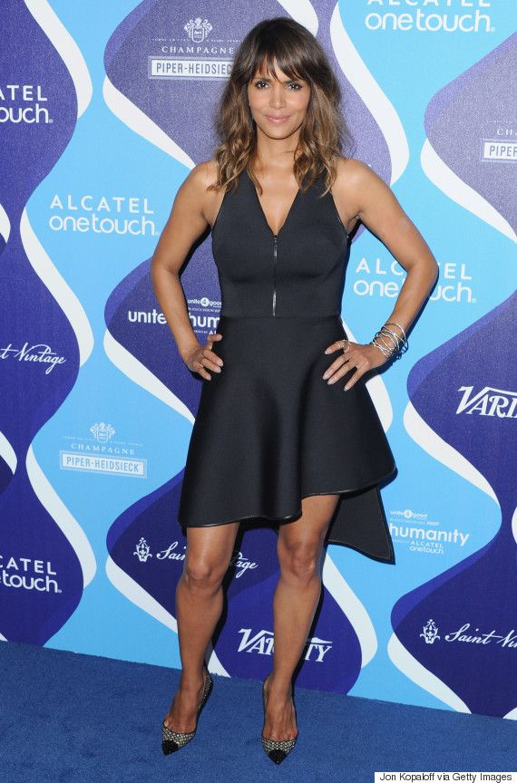Halle Berry rocked wavy hair and the perfect black dress. Click for more details.