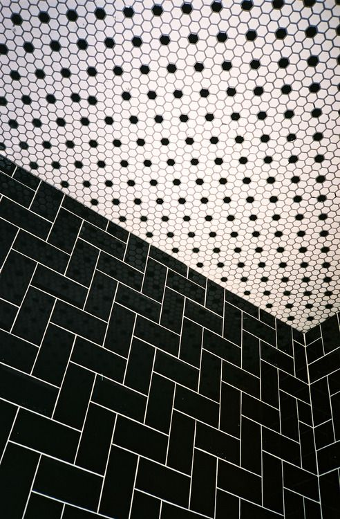 davidmcortes:  the bathroom at the forge