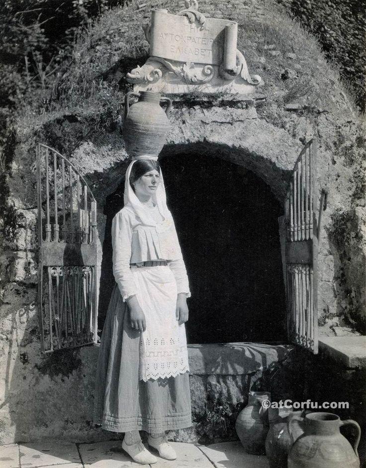 Corfu old photos-at Sissy`s source 1939. Corfu of 1900 through unique photos. https://atcorfu.com/corfu-old-photos/