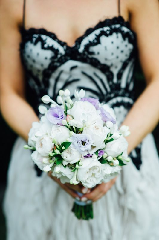 Lilac lissianthus, David Austin roses and bouvardia for the bridal bouquet