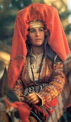 Традиционная свадебная одежда турков.