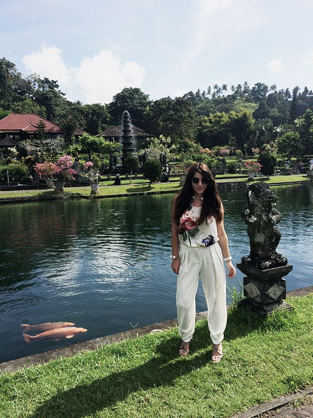 Outfit   Water Palace – Tirta Gangga