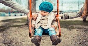 Οι περισσότεροι από μας γινόμαστε γονείς πολύ πριν πάψουμε να είμαστε παιδιά Mignon McLaughlin