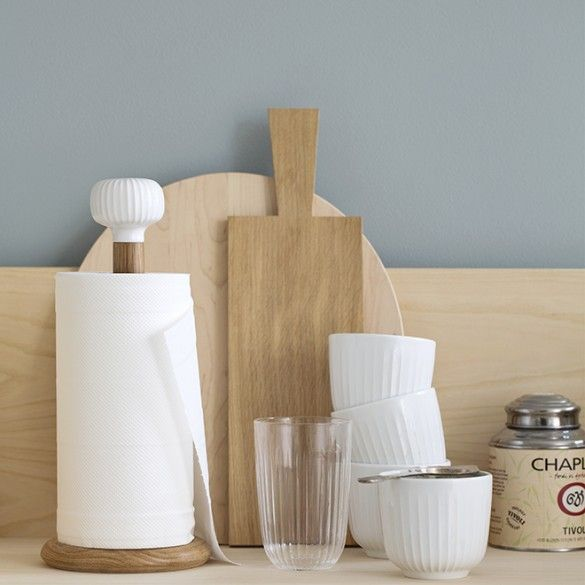 The white Hammershøi paper towel holder lends a kitchen a touch of elegance with classic Danish design.
