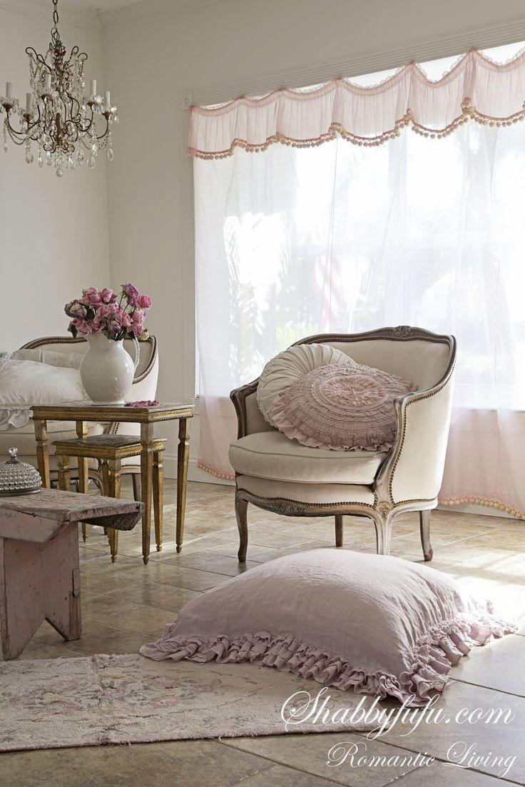 Shabby chic livable living rooms nel 2019 arredamento for Arredamento francese shabby