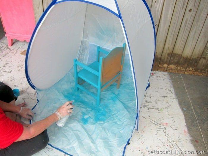 Verwendung von Sprühfarbe in Innenräumen ohne Schmutz