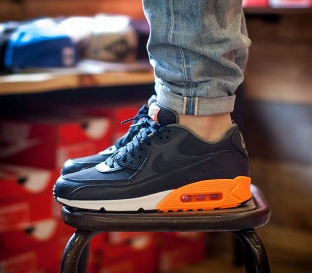 Nike Air Max 90 Premium – Dark Obsidian / Orange I am going to buy one~