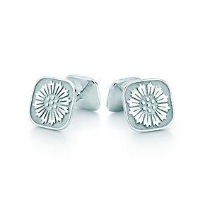 Ziegfeld Collection daisy cuff links.