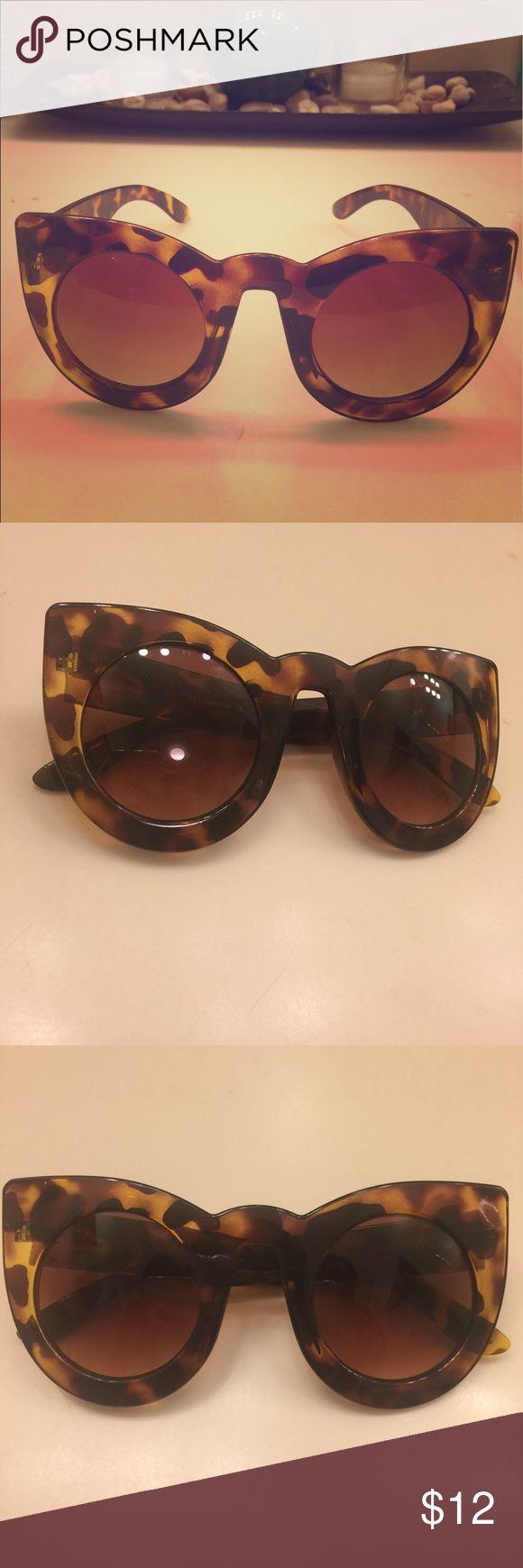 Tortoise Cat Eye Sunglasses Brand new tortoise-colored Cat 🐱 Eye sunglasses. 😎  Open to offers. #cateye #shades #sunglasses Accessories Glasses
