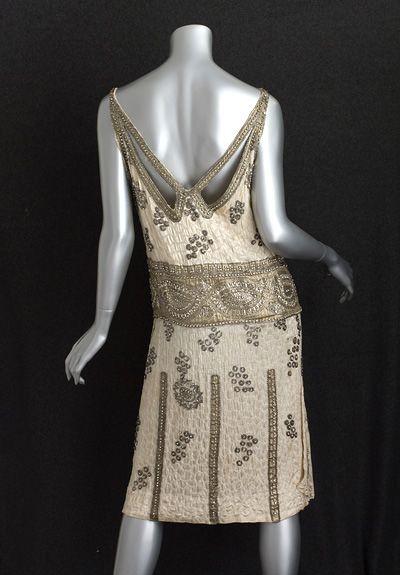 Beaded satin flapper dress, c.1925 #fashion