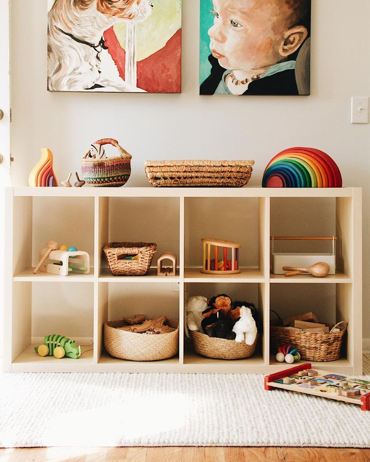 Best 25 Toy Shelves Ideas On Pinterest Small Playroom