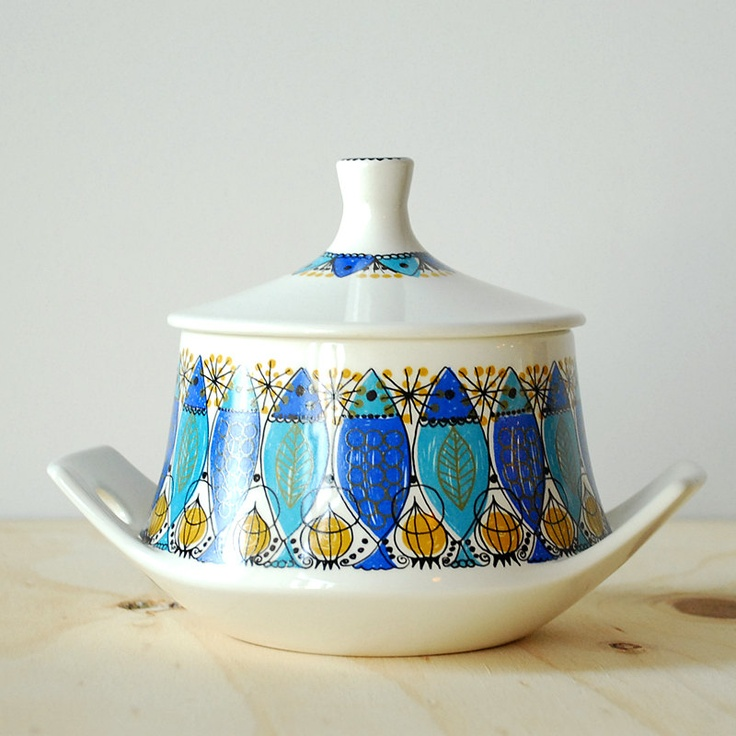 Vintage Figgjo Flint Norway Sugar Bowl Clupea Pattern. $28.00, via Etsy.
