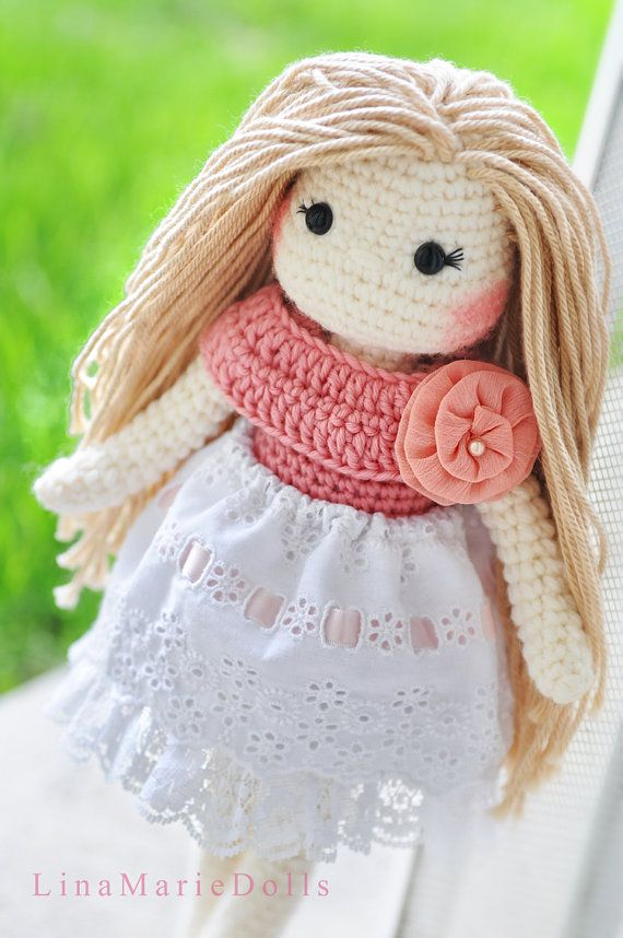 Crochet doll by LinaMarieDolls. (Sold out but lovely inspiration).