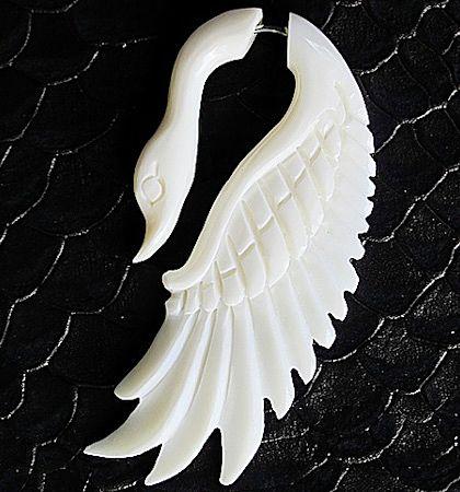 Серьга-обманка Лебедь
