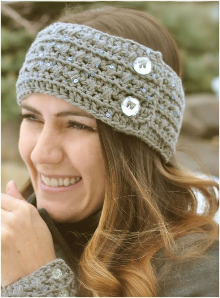 REE CROCHET HEADBAND AND CUFF {PATTERN} - Tried the bow one.  Didn't turn out well with thick yarn...