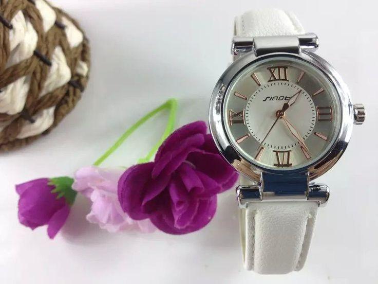 In 2015, the new fashion brand belt watches beautiful women The leisure quartz watch precision waterproof watch