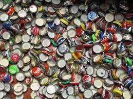 Inzamelen van bierdoppen, ijzer, blik, lood, oude computers en plastic dopjes van drankkartons voor diverse goede doelen. Inzamelpunt in Hardinxveld-Giessendam.