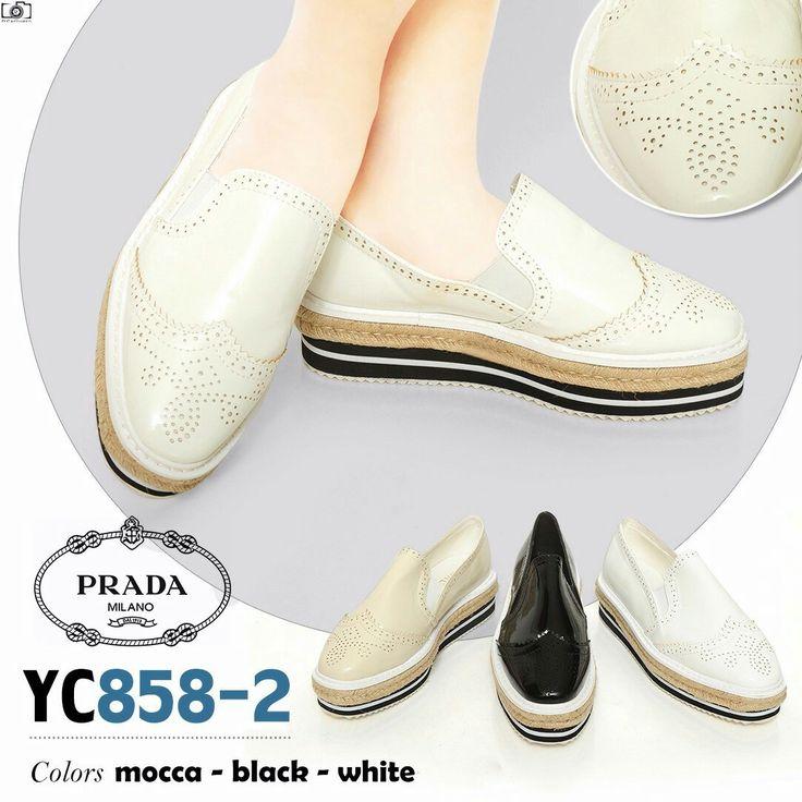 Promo Sepatu Prada Wedges YC858-2  Wedges 4cm Cream 35,38,39 Black, White 35,36,37,38,39,40 + Box 270rb
