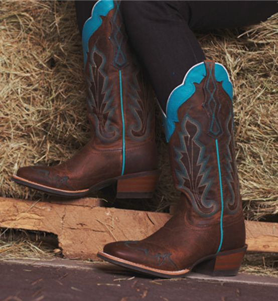 Открийте Ariat http://www.countryoutfitter.com/ariat: